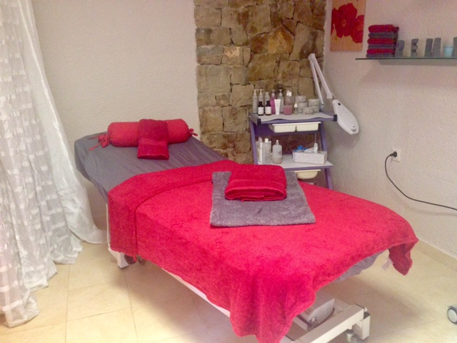 https://www.calpeonline24.com/images/beauty_treatments_janett_calpe.jpg